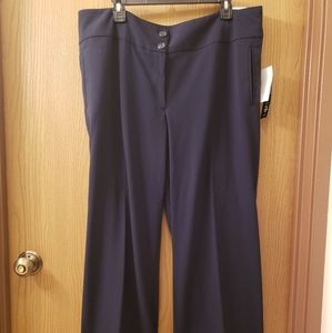 NWT Trousers Sz 20WP